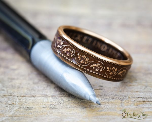 Coin ring made from a Canadian large cent